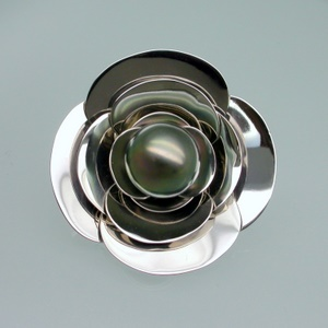 Camellia broach in palladium with South Sea pearl