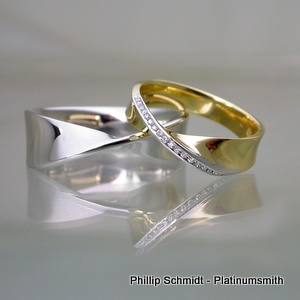 Platinumsmith Mobius platinum and gold gents and ladies wedding bands