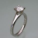 Elegantly styled 4 claw platinum engagement ring