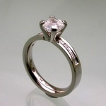 Palladium engagement ring with platinum setting