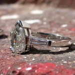 Pear shape diamond, platinum ring